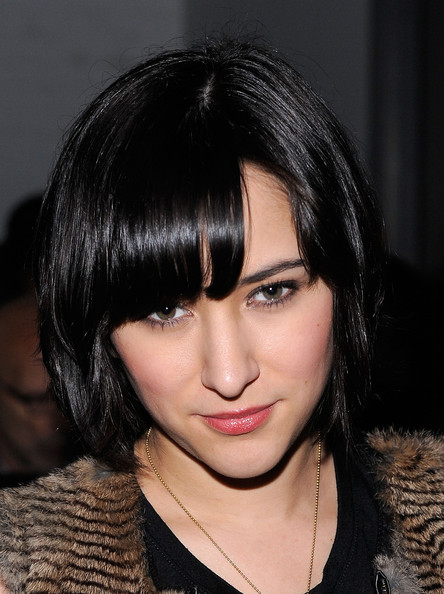Zelda Williams Bob [hair,face,hairstyle,eyebrow,black hair,lip,layered hair,chin,beauty,bangs,yigal azrouel,zelda williams,front row,mercedes-benz fashion week,fashion show,yigal azrouel fall,new york city,highline stages]