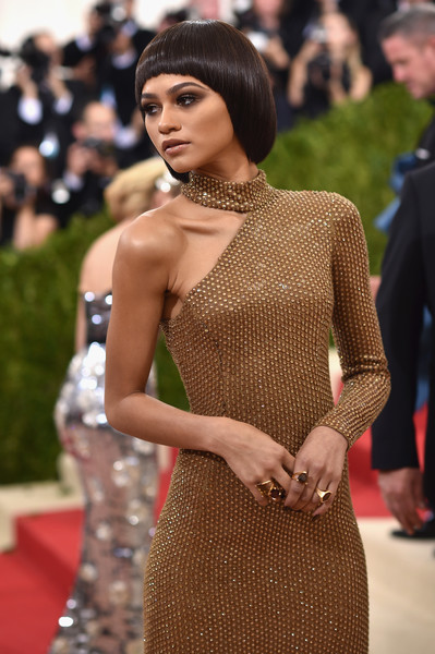 Zendaya Coleman Gemstone Ring [manus x machina: fashion in an age of technology costume institute gala - arrivals,manus x machina: fashion in an age of technology costume institute gala,red carpet,fashion,dress,beauty,hairstyle,carpet,lip,shoulder,fashion model,flooring,zendaya,new york city,metropolitan museum of art]
