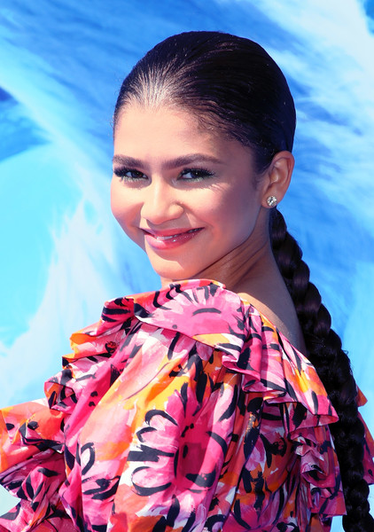 Zendaya Coleman Long Braided Hairstyle [hair,hairstyle,beauty,fashion,fashion design,model,fashion accessory,black hair,makeover,fashion model,arrivals,zendaya,smallfoot,california,regency village theatre,warner bros. pictures,westwood,premiere,premiere]