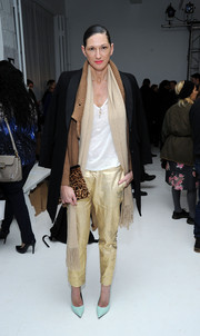 Jenna Lyons broke her mostly neutral palette with a pair of pastel blue pumps.
