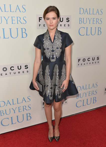 Zoey Deutch Print Dress [dallas buyers club,clothing,dress,red carpet,carpet,shoulder,fashion,premiere,cocktail dress,hairstyle,footwear,arrivals,zoey deutch,beverly hills,california,focus features,academy of motion picture arts and sciences,premiere,premiere]