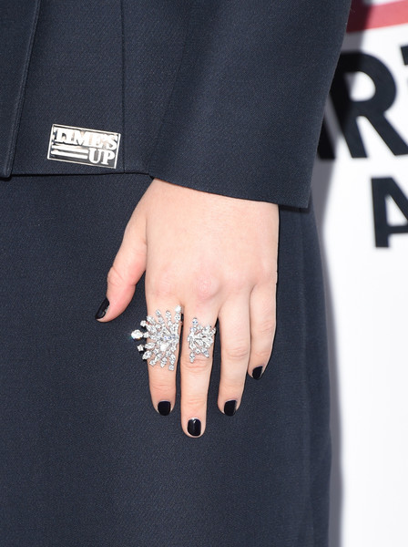 Zoey Deutch Dark Nail Polish [ring,finger,engagement ring,jewellery,fashion,nail,little black dress,fashion accessory,street fashion,hand,arrivals,zoey deutch,film independent spirit awards,jewelry detail,santa monica,california]