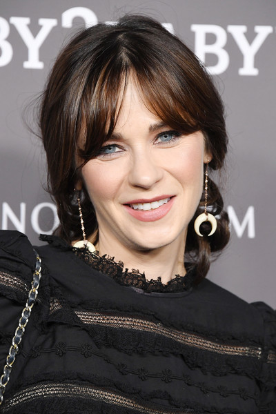 Zooey Deschanel Loose Ponytail [hair,hairstyle,face,eyebrow,lip,chin,brown hair,black hair,skin,beauty,paul mitchell,zooey deschanel,culver city,california,3labs,red carpet,baby2baby gala]