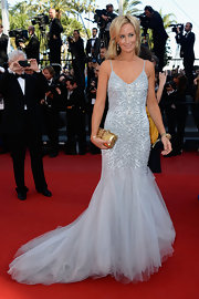 Lady Victoria Hervey chose a princess-like gray gown with a full tulle mermaid skirt and a beaded bodice!