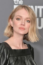 Lindsay Ellingson kept it casual with this subtly wavy 'do at the 2019 amfAR New York Gala.