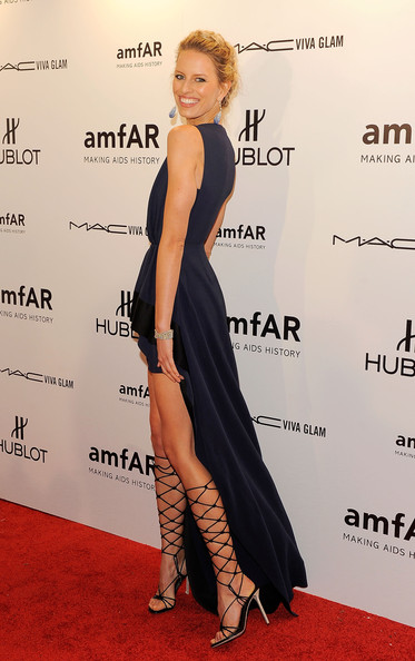 Karolina+Kurkova in amfAR New York Gala To Kick Off Fall 2012 Fashion Week - Arrivals