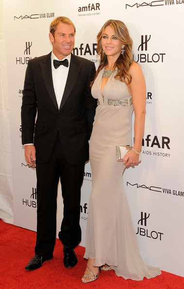 More Pics of Elizabeth Hurley Evening Dress (1 of 8) - Elizabeth Hurley Lookbook - StyleBistro