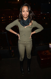 Zoe Saldana was casual in this monochromatic Henley shirt and skinny jeans combo at the boohoo.com event.
