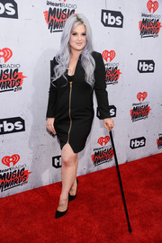 Kelly Osbourne opted for a long-sleeve, zip-front LBD when she attended the iHeartRadio Music Awards.