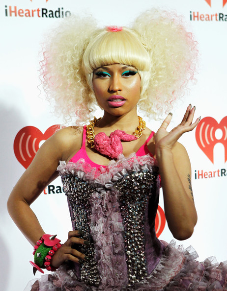 More Pics of Nicki Minaj Stage Makeup (11 of 18) - Nicki Minaj Lookbook - StyleBistro