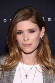 Kate Mara looked oh-so-pretty with her soft waves at the premiere of 'Why Can't We Get Along.'