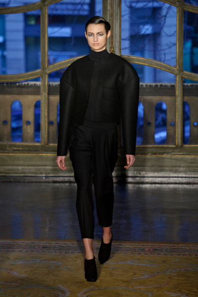 Amaya Arzuaga at Paris Fall 2013
