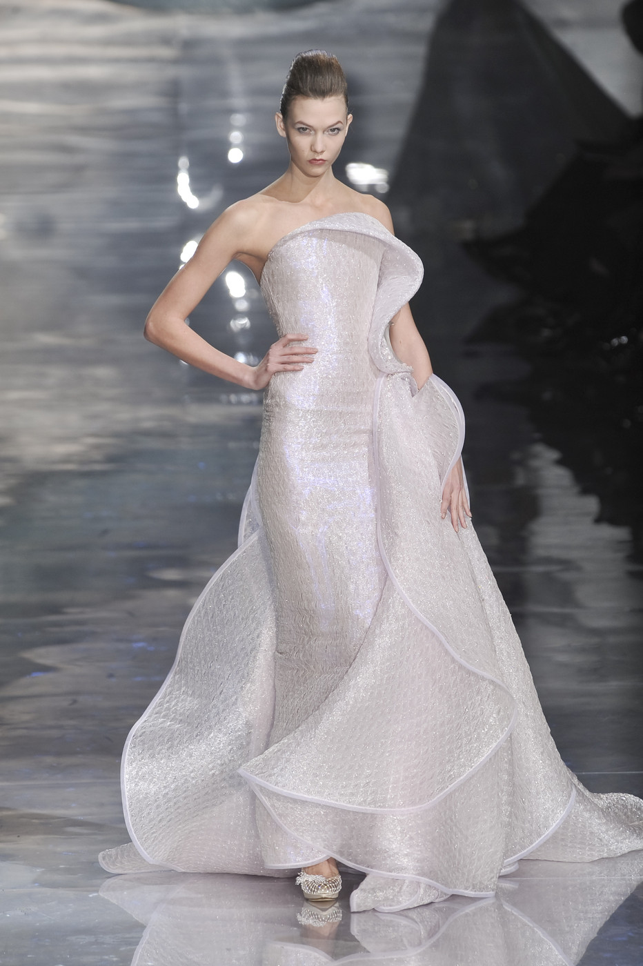 Armani Privé Couture Spring 2010 - The Most Mind-Blowing Couture ...