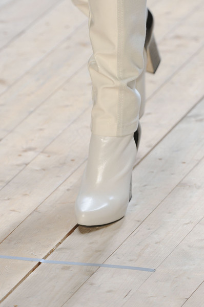Barbara Bui at Paris Fall 2011 (Details)