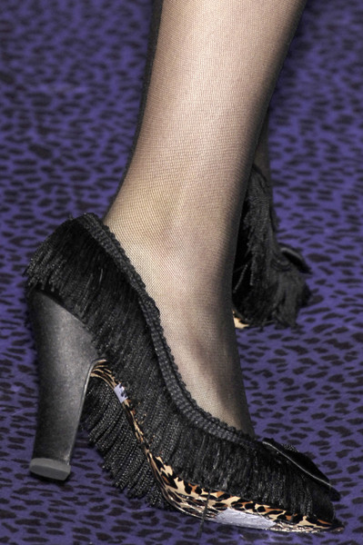 Betsey Johnson Fall 2006 - Details