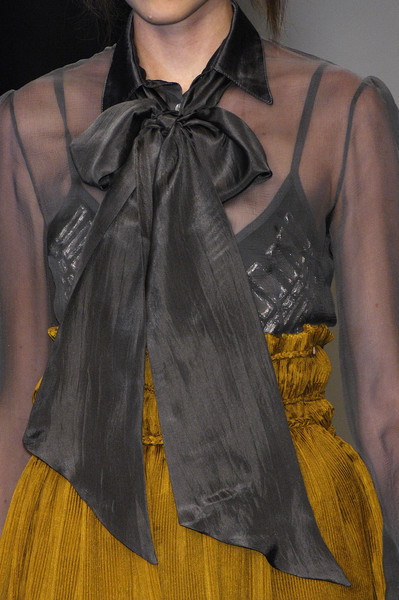 Bora Aksu at London Spring 2008 (Details)