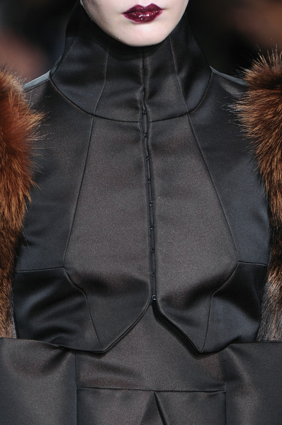 Bruno Pieters Fall 2009 - Details