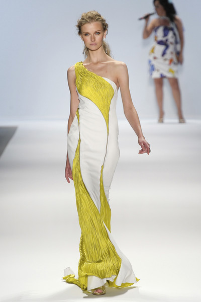 Carlos Miele at New York Spring 2011