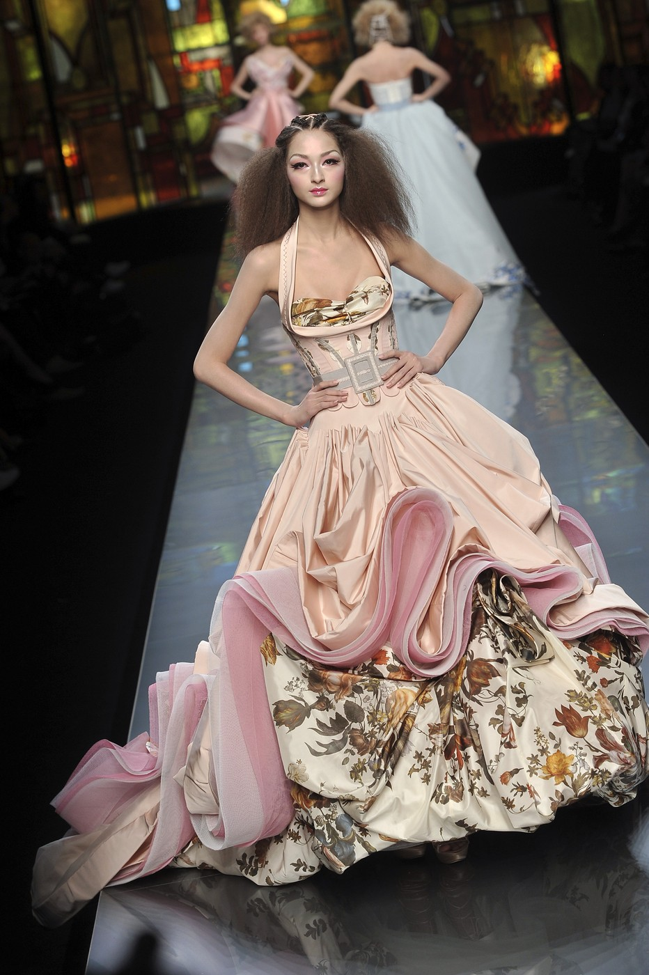 Christian Dior At Couture Spring 2009 Stylebistro