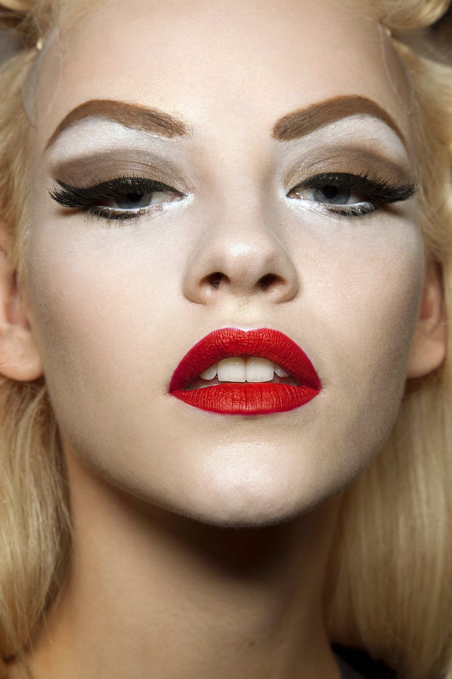 Only Follow Eyebrow Trends That Work For You