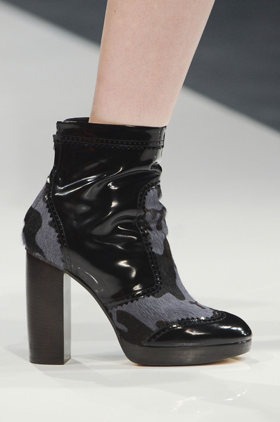 Christopher Kane Fall 2013 - Details