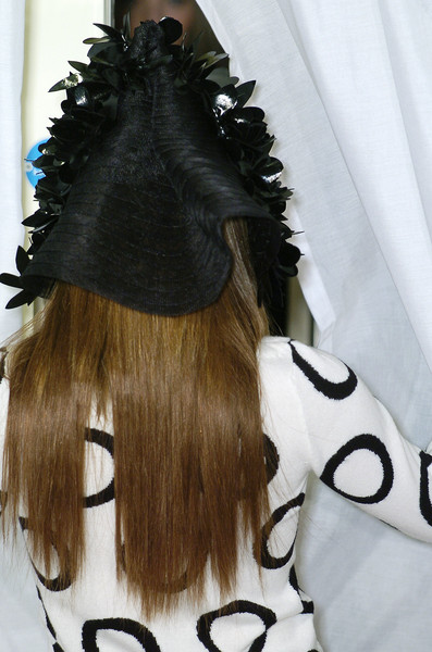 Clements Ribeiro at London Spring 2006 (Details)