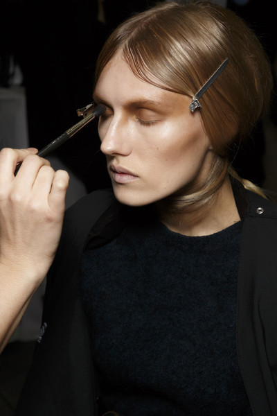 Corrie Nielsen at Paris Fall 2014 (Backstage)