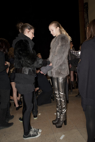 Costume National at Paris Fall 2010 (Backstage)