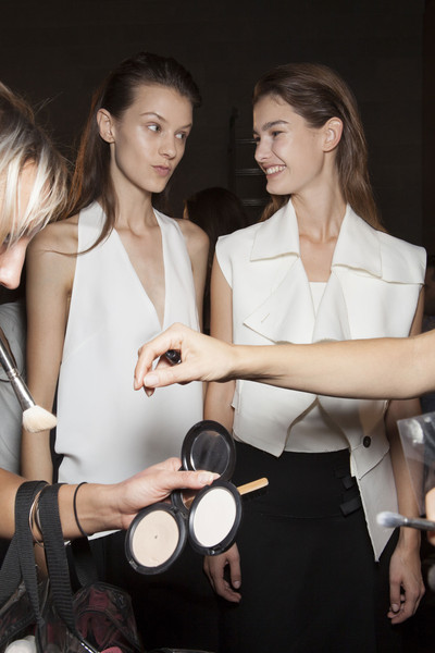 Costume National Spring 2014 - Backstage