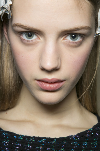 DKNY Fall 2013 - Backstage