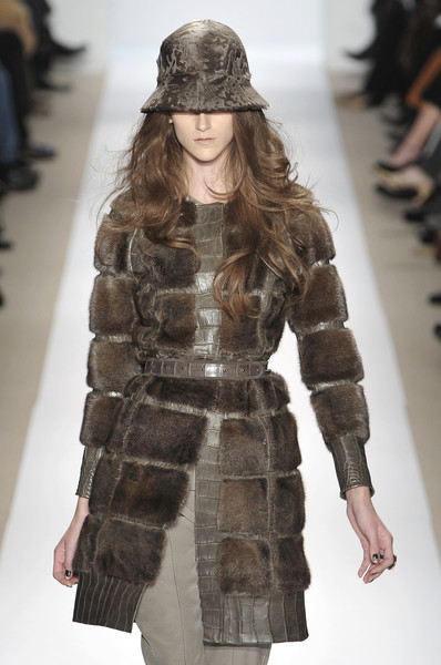 Dennis Basso at New York Fall 2009