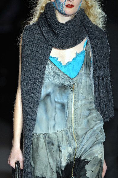 Diesel Black Gold at New York Fall 2009 (Details)