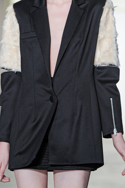 Elliot Atkinson Fall 2011 - Details