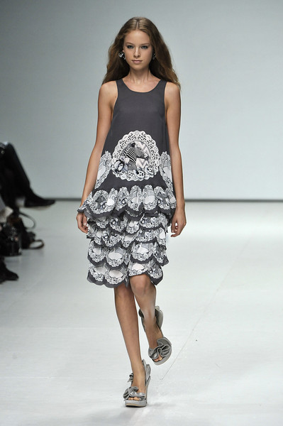 Emma Cook at London Spring 2009