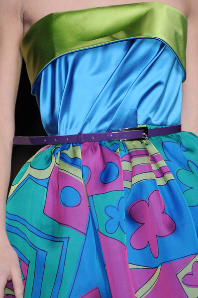 Enrico Coveri Fall 2009 - Details