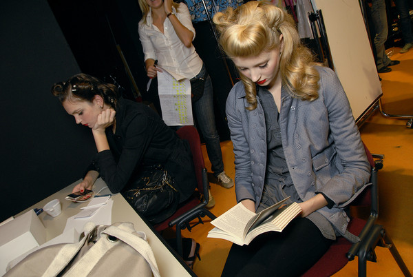 Enrico Coveri Spring 2008 - Backstage