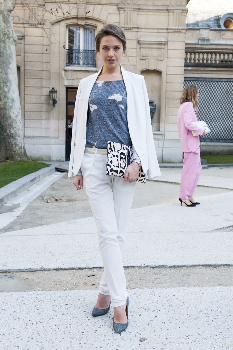 Luxe White The Most Standout Street Style At Paris Fashion Week Fall 2014 Stylebistro
