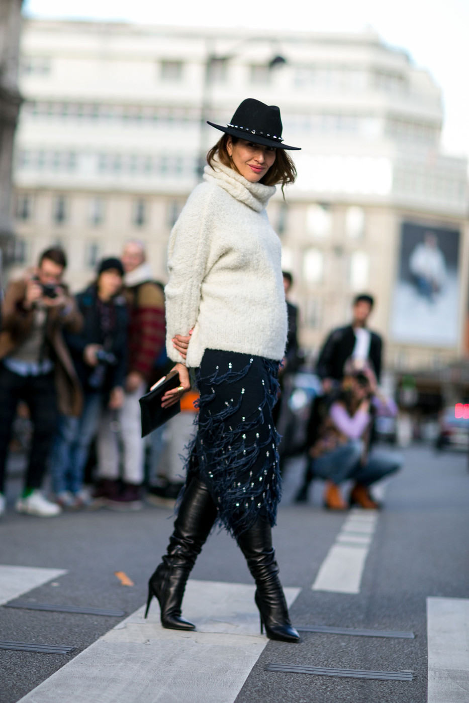 A Texture Thing Best Street Style At Paris Fashion Week Fall 2015 Stylebistro