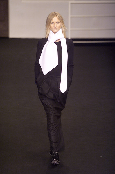 GFF Gianfranco Ferré Fall 2001