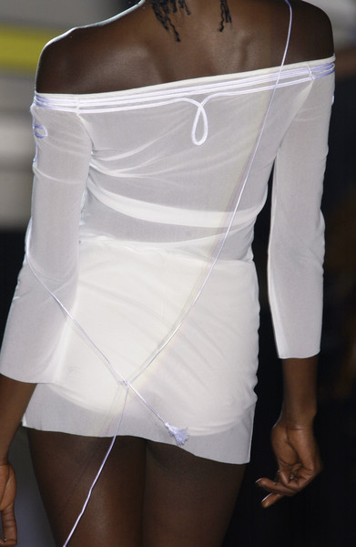Gattinoni at Milan Spring 2004 (Details)