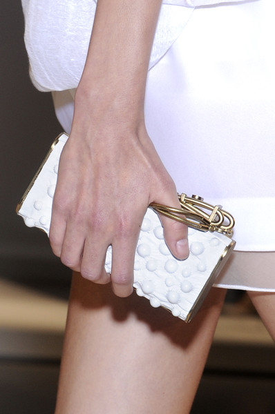 Gianfranco Ferré at Milan Spring 2010 (Details)