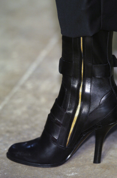 Haider Ackermann Fall 2005 - Details