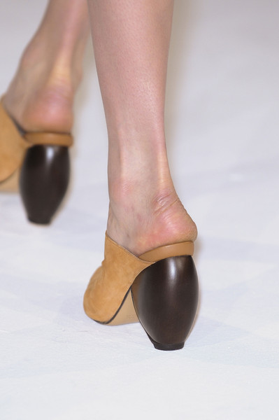 Hussein Chalayan at Paris Spring 2013 (Details)
