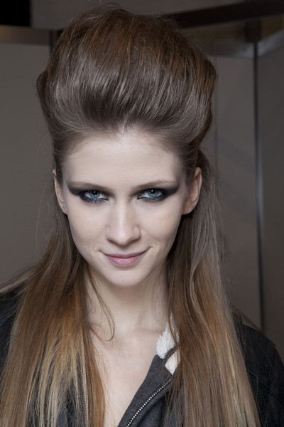 John Richmond Fall 2011 - Backstage