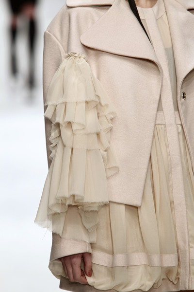 John Rocha at London Fall 2010 (Details)