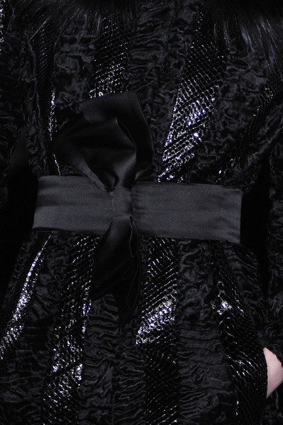 Julien Macdonald Fall 2007 - Details