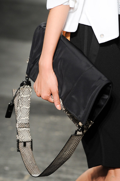 Kenneth Cole Spring 2014 - Details