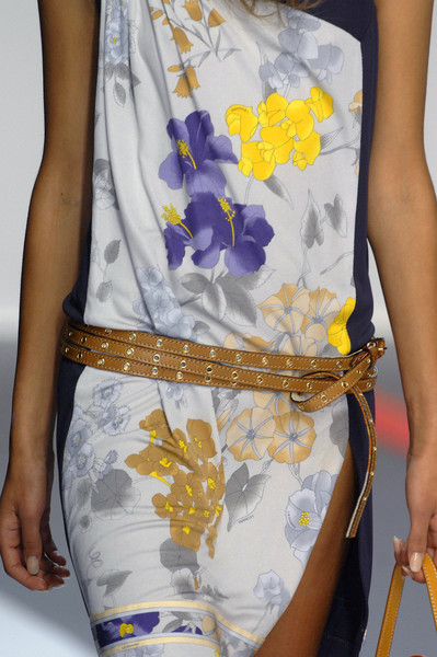 Leonard at Paris Spring 2009 (Details)