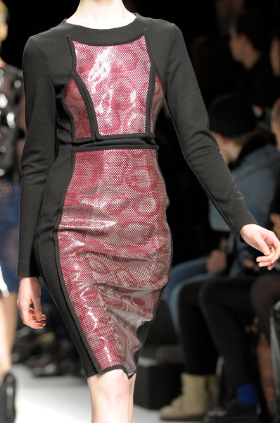 Lie Sang Bong at Paris Fall 2012 (Details)