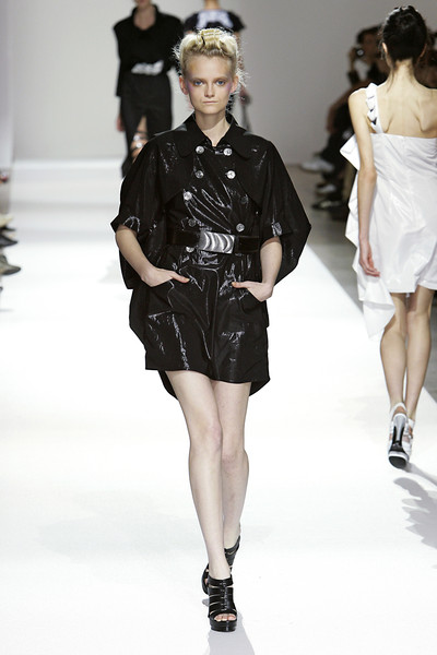 Lie Sang Bong at Paris Spring 2010